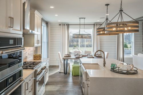 Kitchen-in-Brookview-at-Great Valley Crossing-in-Malvern