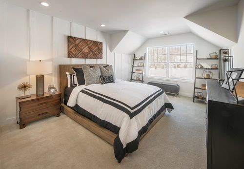 Bedroom-in-Kington-at-Ridgewood at Middlebury-in-Middlebury