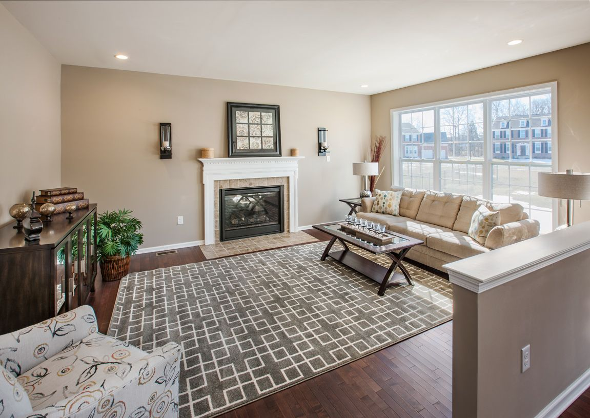 Living Area featured in the Newhart By Toll Brothers in Chicago, IL