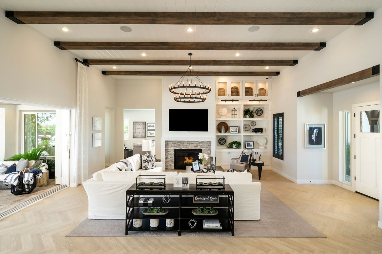 Living Area featured in the Weston By Toll Brothers in Phoenix-Mesa, AZ