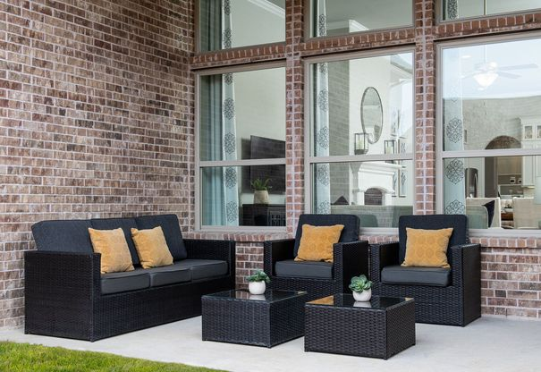 TM McKinneyModelTH 1004:Quinlan Model Home | Covered Patio