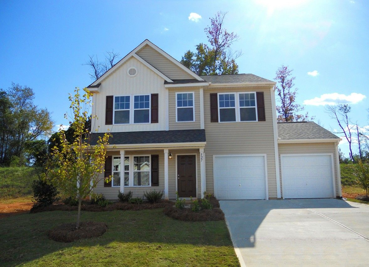 The Inverness-Design-at-Longfield Commons-in-Charlotte