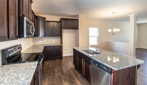 Kitchen-in-The Hudson-at-Sutter's Mill-in-Troutman