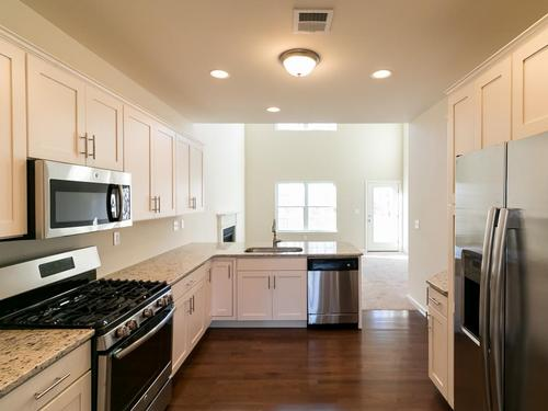Kitchen-in-Callaway-at-Sand Springs-in-Drums