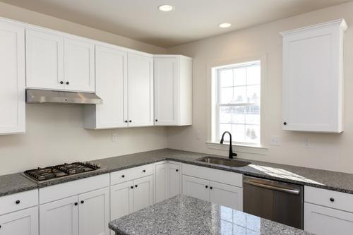 Kitchen-in-4343 Saratoga Drive #21-at-Saratoga Farms-in-Bethlehem