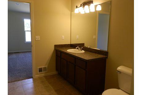 Bathroom-in-The Drake Duplex-at-Mallard Ponds-in-Burton