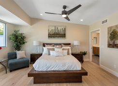 RESIDENCE 9F - The Luxe on 40th: Phoenix, Arizona - VIP Homes