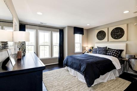 Bedroom-in-Portsmouth-at-Tanglewood-in-Aldie
