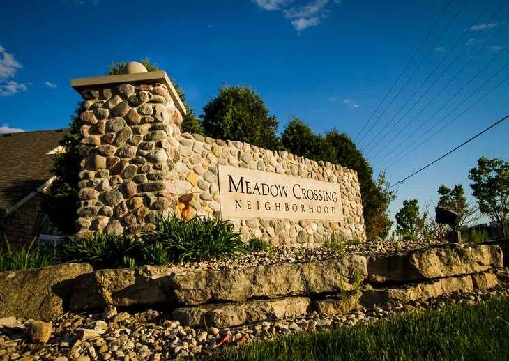 Meadow Crossing,53590