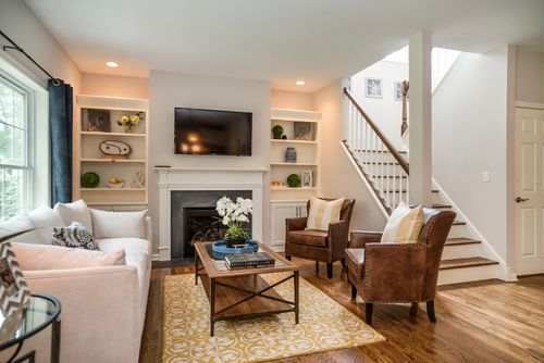 Greatroom-in-Ascot-at-HillCrest Village-in-Southington