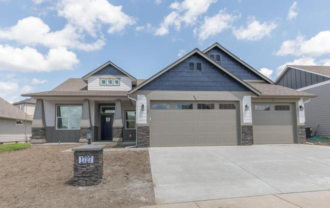 The Homestead Plan At Madison Park In Pasco Wa By Viking Homes