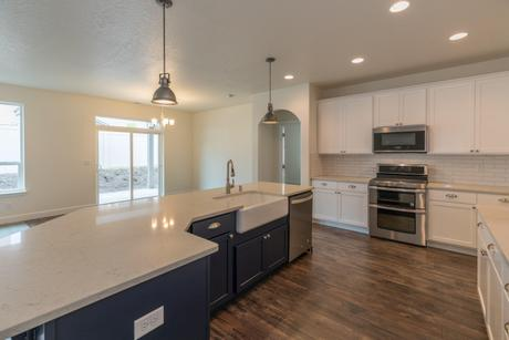 Kitchen-in-The Homestead-at-Madison Park-in-Pasco