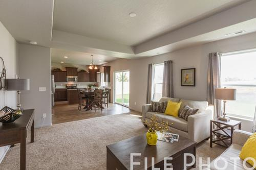 Greatroom-and-Dining-in-The Avalon-at-Highlandview Heights-in-Kennewick