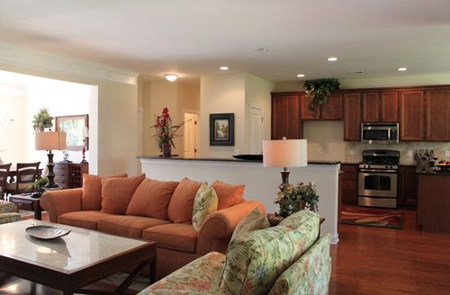 Greatroom-and-Dining-in-The Eastgate-at-Hearthstone Lakes-in-Ridgeland