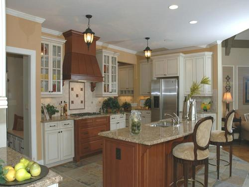 Kitchen-in-Haverford-at-Regency Point - Forsyth County-in-Suwanee