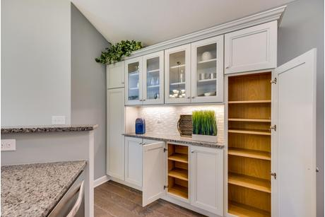 Wet-Bar-in-Canterbury-at-The Courtyards at Krendale-in-Butler