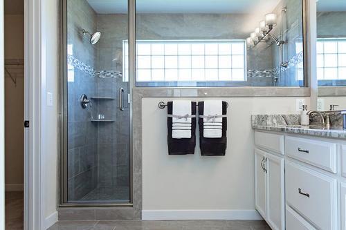 Bathroom-in-Alexander-at-Pennington Estates-in-Spotsylvania