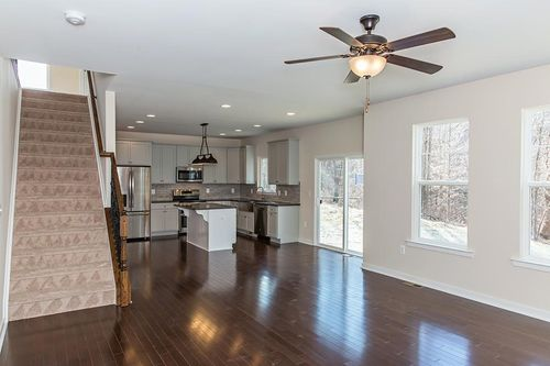 Kitchen-in-Brittney-at-Pennington Estates-in-Spotsylvania