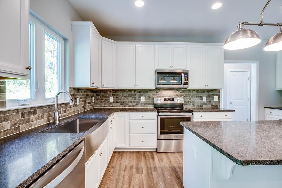 Kitchen-in-Kinsley-at-Kings Crossing-in-King George