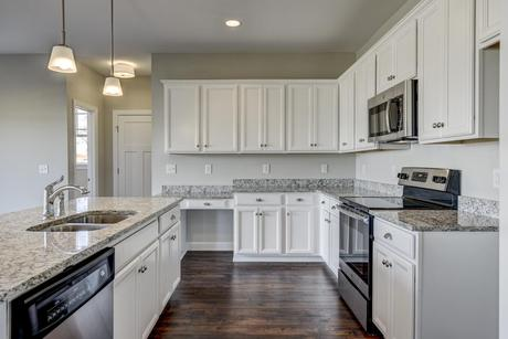 Kitchen-in-The Monteray III-at-Oak Park-in-Youngsville