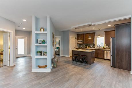 Kitchen-in-The Chinkapin-at-White Oak Commons-in-Trafalgar
