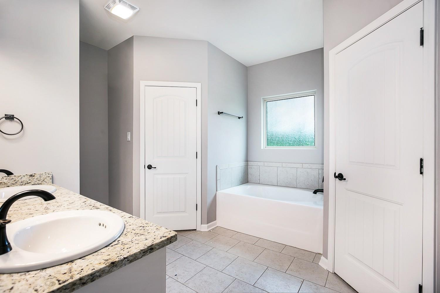 Bathroom featured in the Bristol I 1500 Series By Willie & Willie  in Baton Rouge, LA
