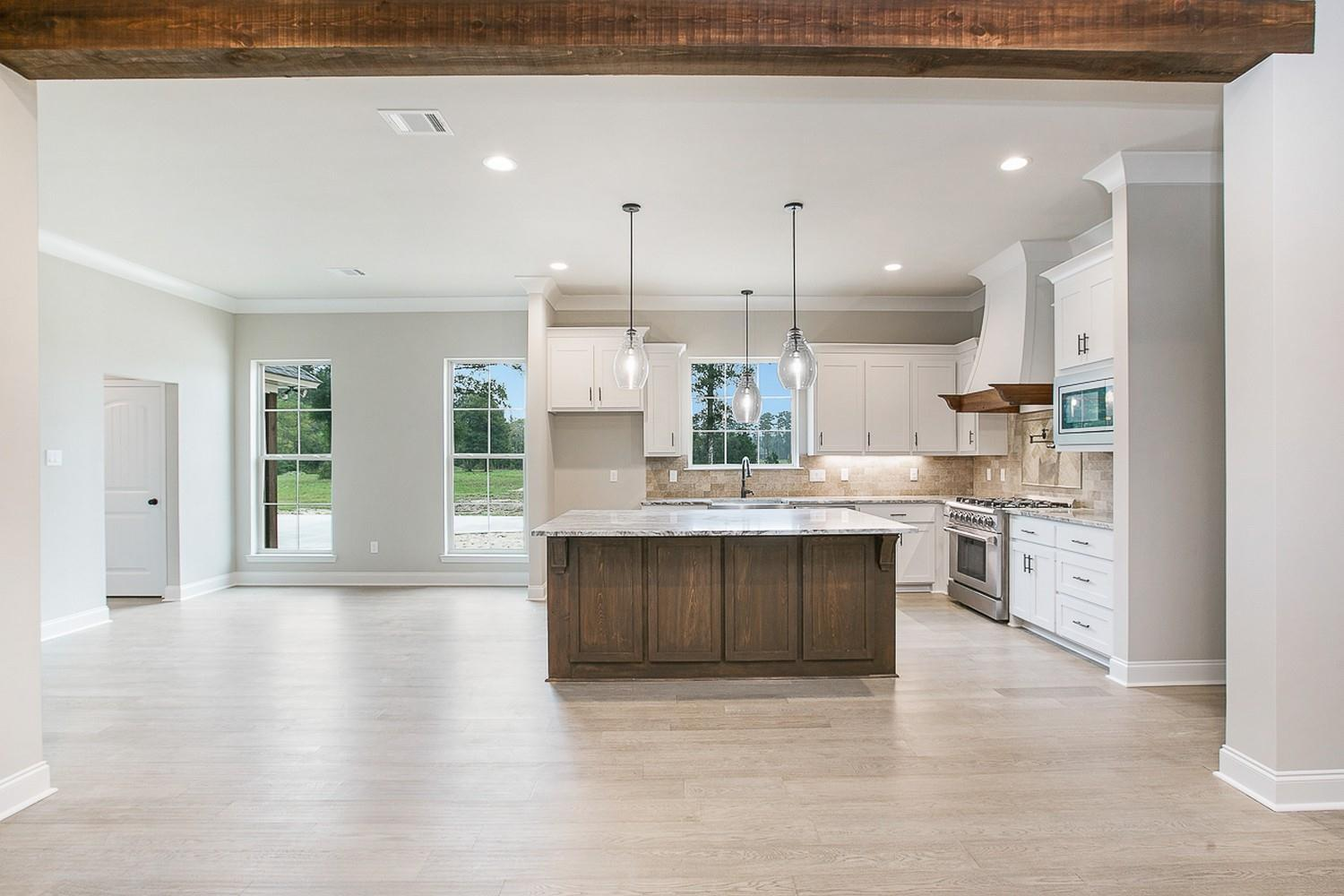 Kitchen featured in the Hudson I By Willie & Willie  in Baton Rouge, LA