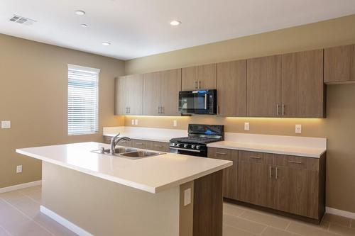 Kitchen-in-Evoke 1-2-at-Affinity-in-Las Vegas