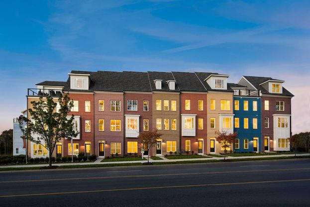Glenmont Metro:Modern townhome community in Silver Spring