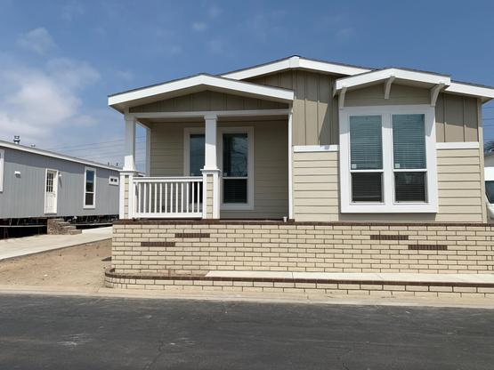 Front Facing View:Residence 289