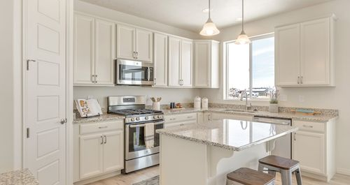 Kitchen-in-Lot 14 - Marquis-at-Brookfield-in-Clinton
