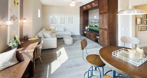 Greatroom-and-Dining-in-Pinebrook-at-Jacob Creek-in-Bakersfield