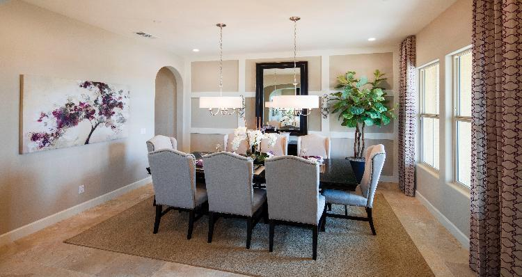Dining-in-Timberlake-at-Jacob Creek-in-Bakersfield