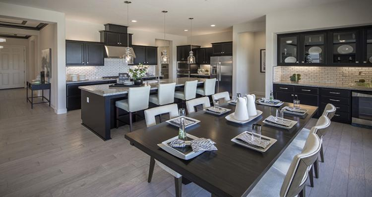 Kitchen-in-Amaryllis-at-Hannahdale-in-Hanford