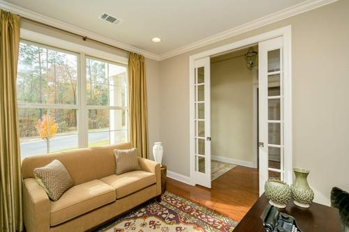 Study-in-Pine Glen Collection-The Pinecrest-at-Woodside Community-in-Aiken