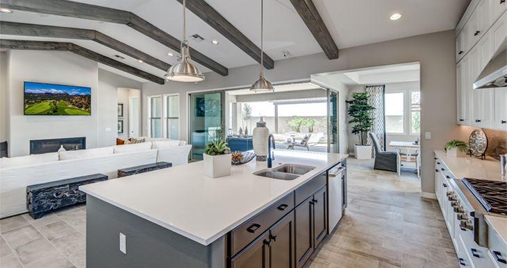 Elevation:Woodside Homes - Charm