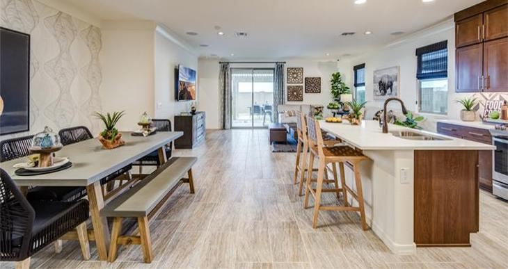 Elevation:Woodside Homes - Rushmore