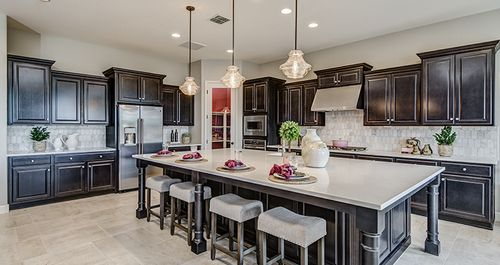 Kitchen-in-Chateau-at-Paloma Ranch-in-San Tan Valley