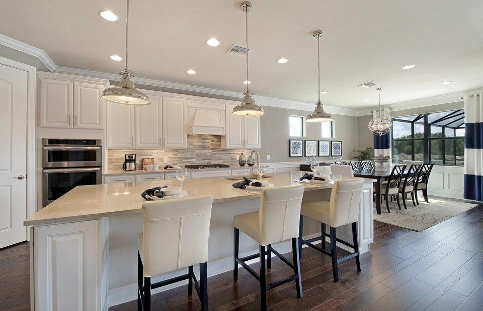 Kitchen-in-Pinnacle-at-Winding Cypress-in-Naples
