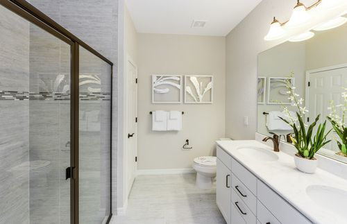 Bathroom-in-Canopy-at-Veranda Gardens-in-Port Saint Lucie