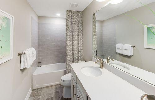 Bathroom-in-Citrus Grove-at-Veranda Gardens-in-Port Saint Lucie