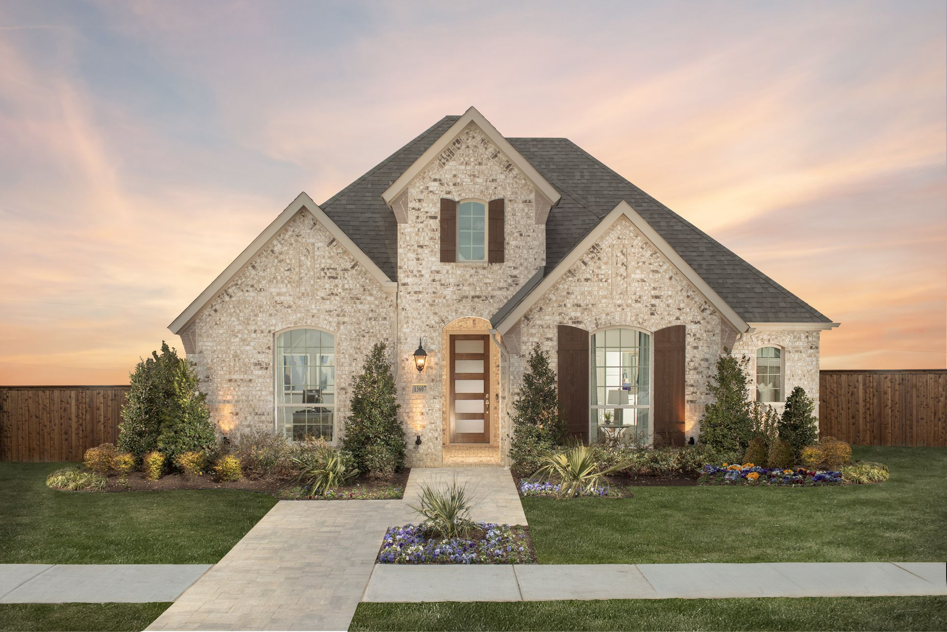 Front Elevation - Plan 1553 - by American Legend Homes