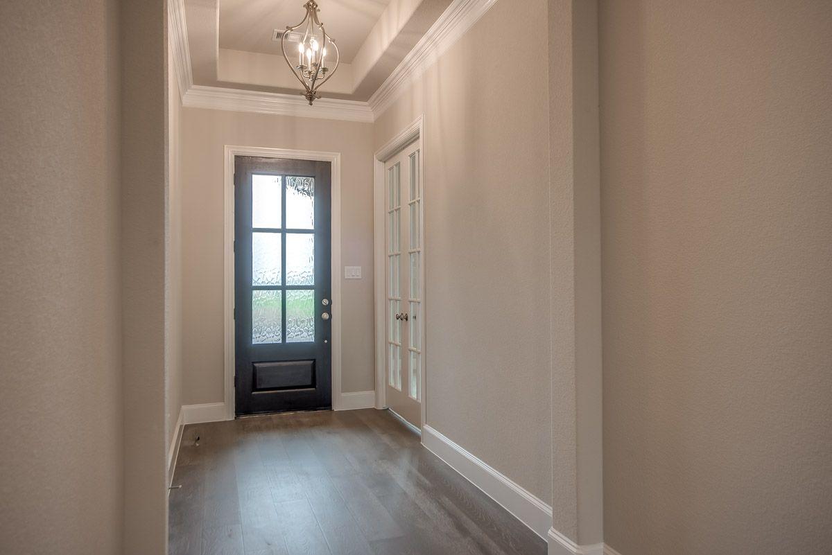 Interior:Plan 1704 Entry Representative Image