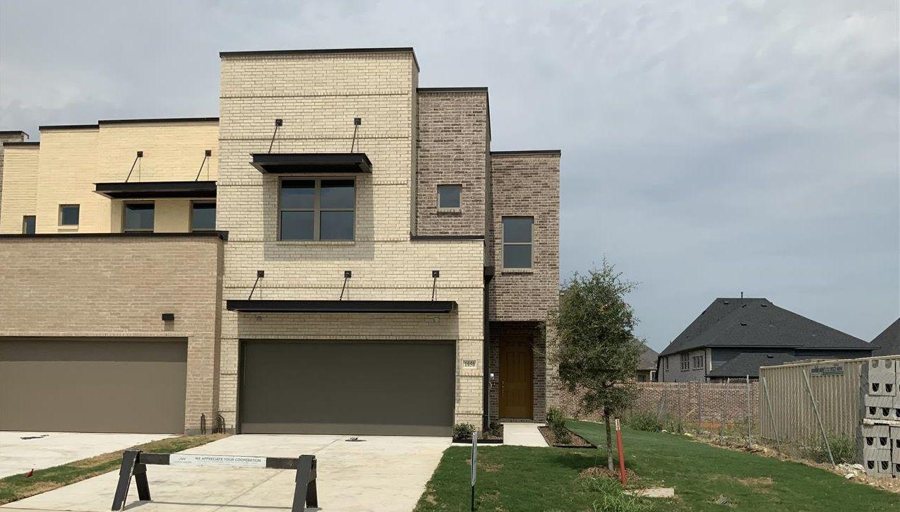 Exterior:1050 Maverick Drive Elevation Image 1