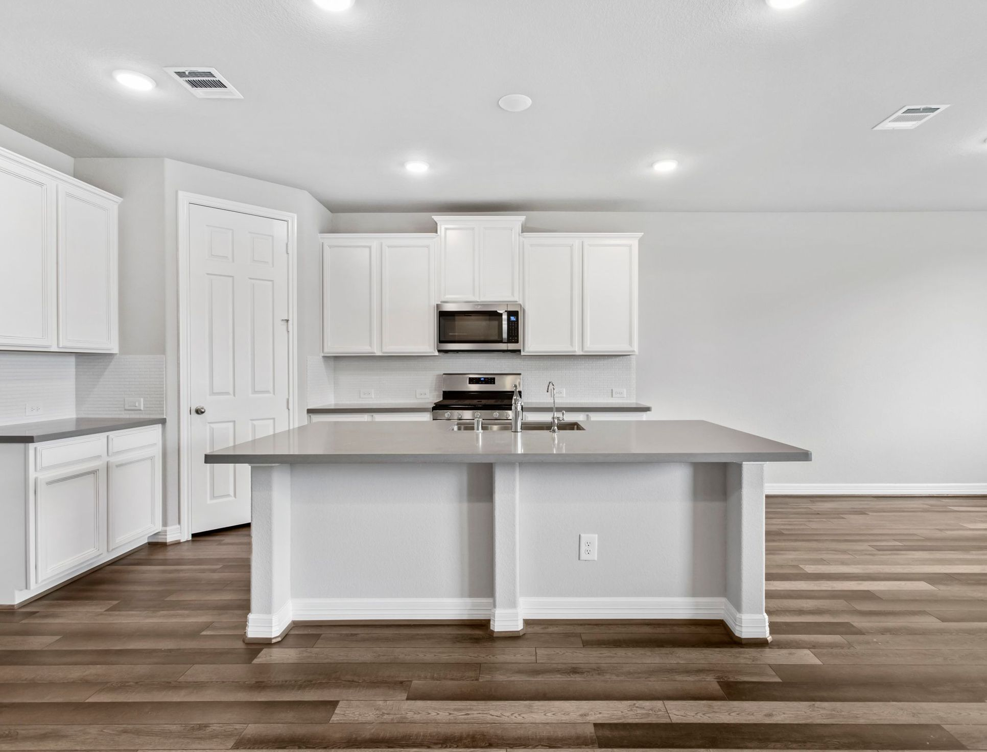Interior:The Meadows at Imperial Oaks 50ft - Edison Interior Image 1