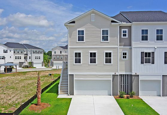 Exterior:566 McLernon Trace, Homesite 25A Elevation Image 1