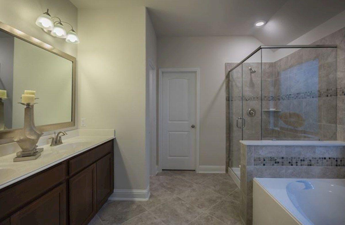 Interior:Madison Primary Bathroom