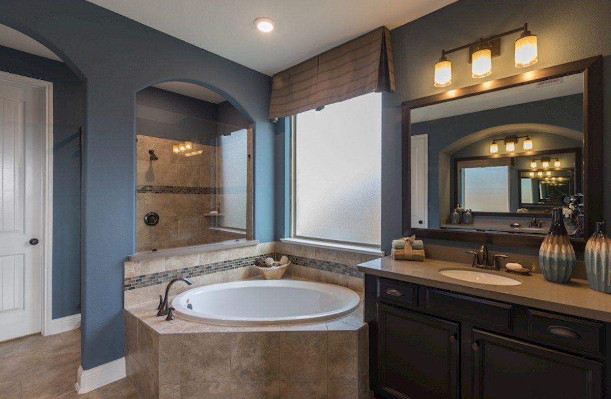 Interior:Gruene Primary Bathroom