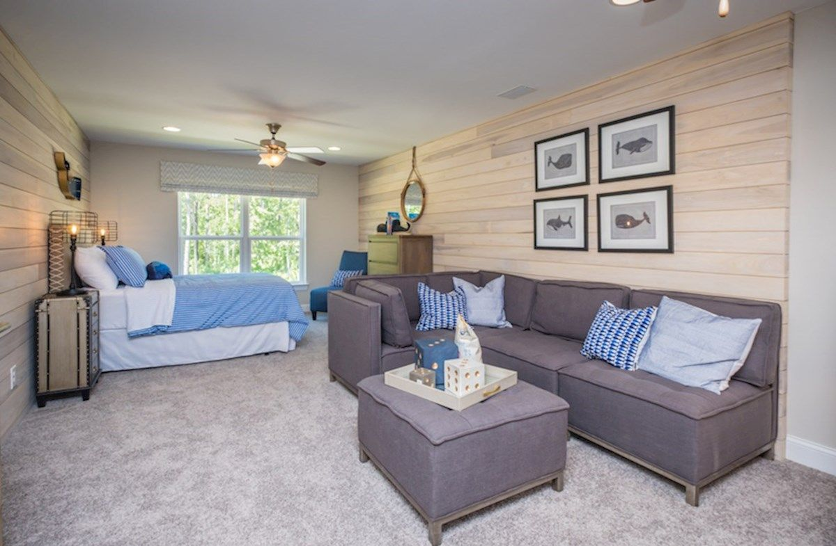 Interior:Hemingway bonus room