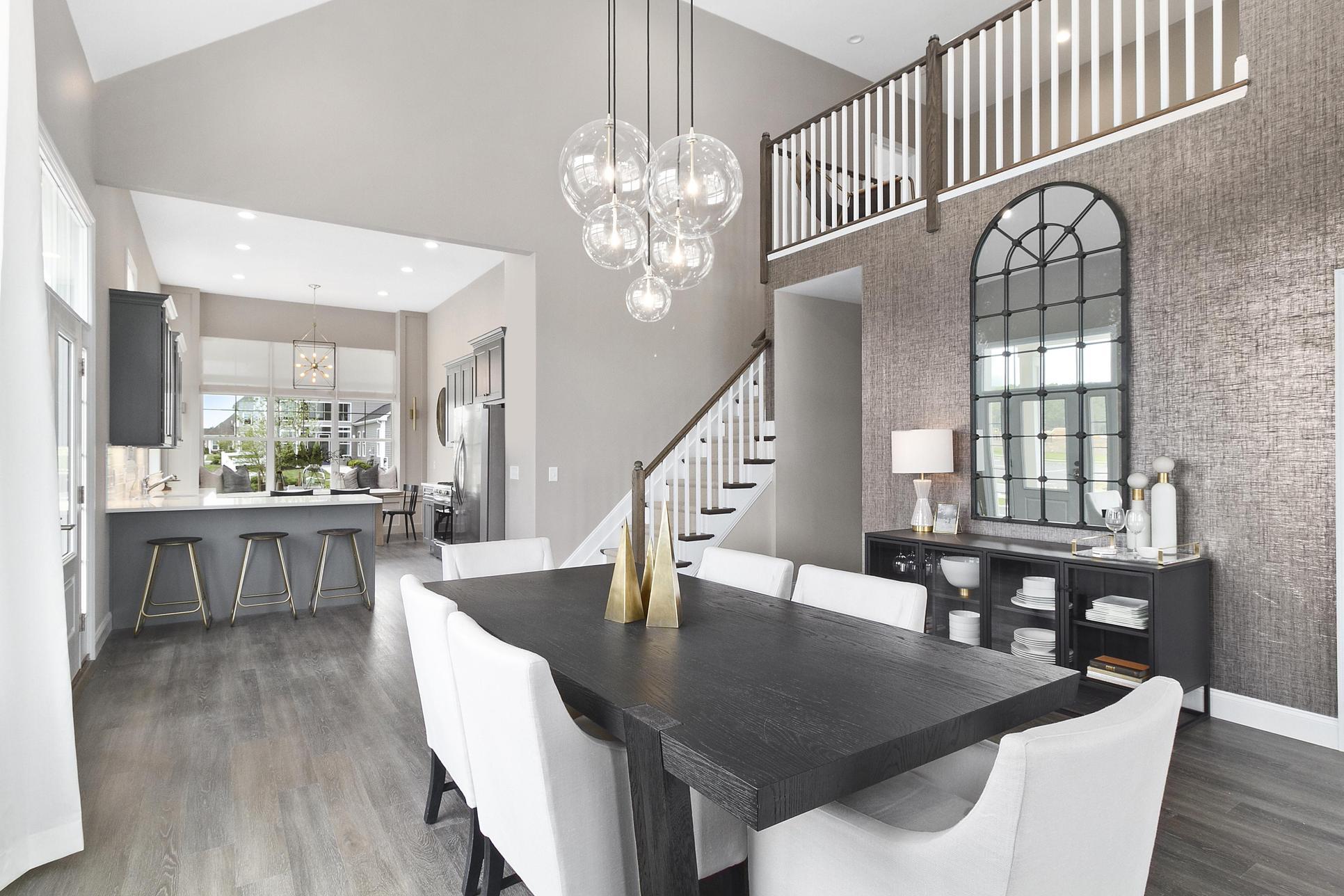 Interior:Dining & Kitchen